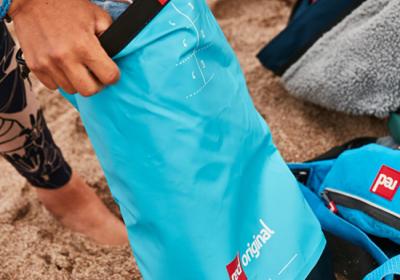 10 L Roll Top Dry Bag - Aqua Blue